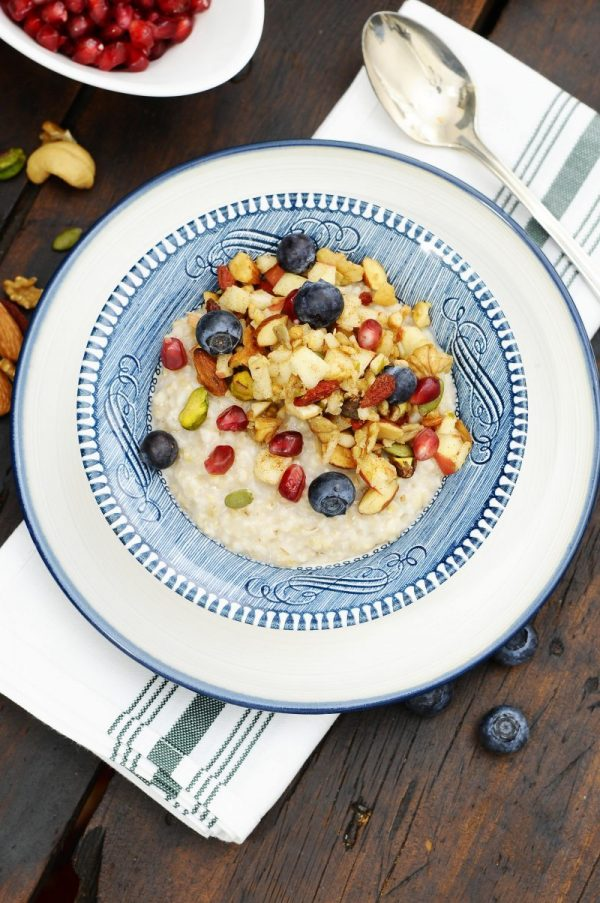 """Müesli"" Oatmeal or How to Sweeten Up a Bowl of Steel Cut Oats"