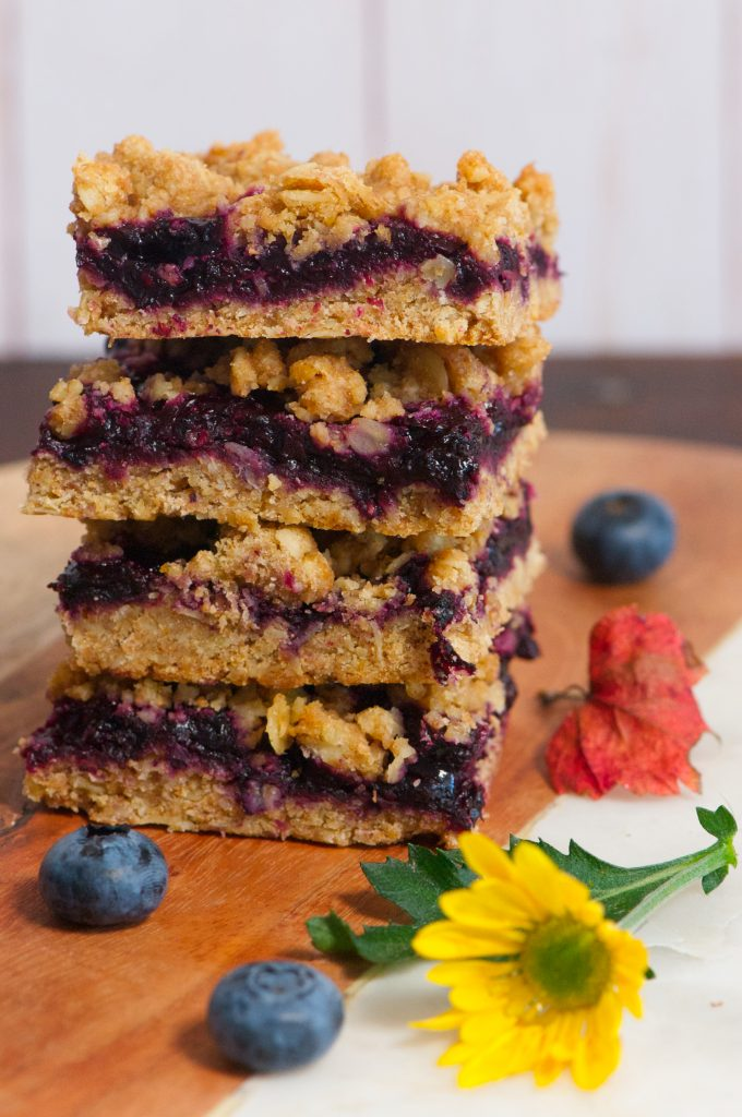 Blueberry and Oat Streusel Bars